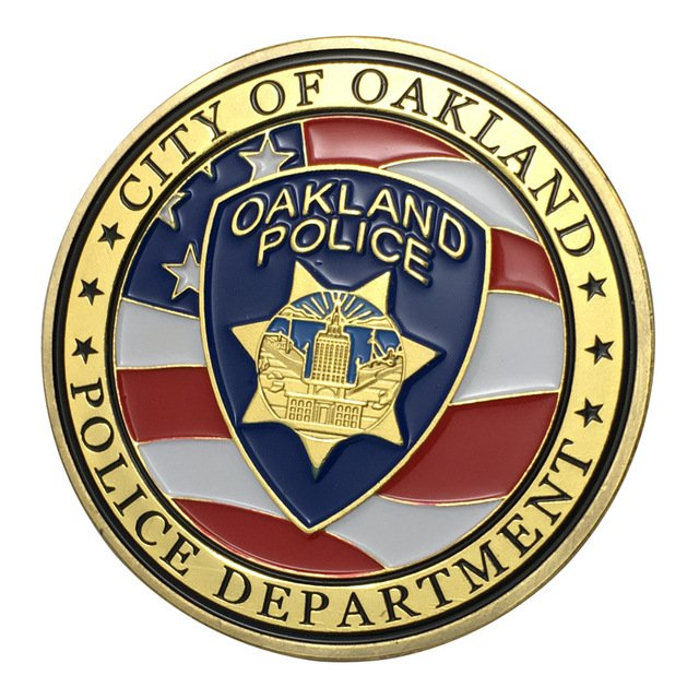 US Military City Of Oakland Police Department Gold Plated Challenge Copy Coin For Collection