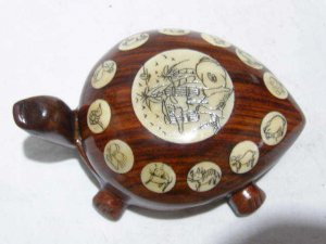 Rare Tibet rosewood carve turtle compass