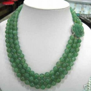 Beautiful 3 rows green jade necklace