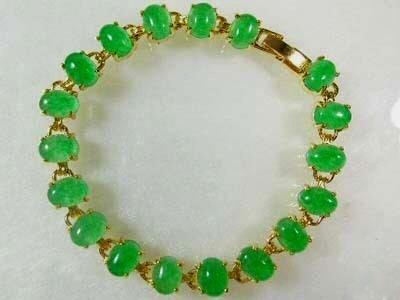Beautiful green jade bracelet