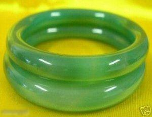 Normal Vert Jade Bracelet Paire