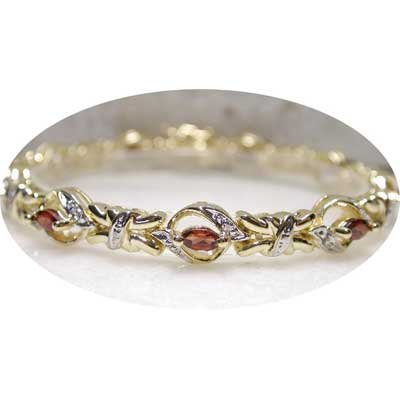 2.61 carat genuine Garnet & Diamond bracelet