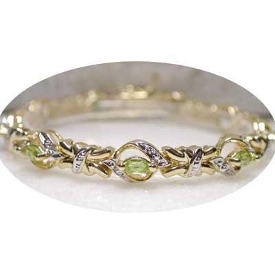 2.26ctw genuine Peridot & Diamond bracelet