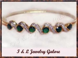 3.3ctw genuine EMERALD AGATE gold bangle