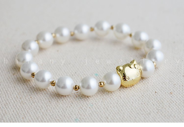 AAA+ fashion jewelry 8mm Freshwater Stretch  Bracelet HELLOKITTY PATTERN for women gifts