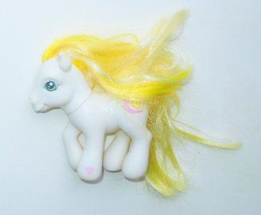 2002 Hasbro G3 My Little Pony MLP Golden Delicious Pony