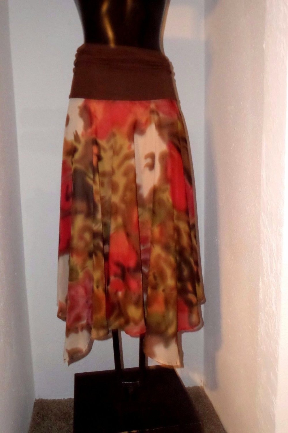 Women's skirt size M by Lapis