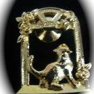 Avon Cat Goldtone Vintage Brooch Pin