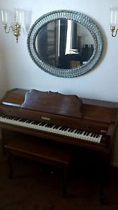 Baldwin Upright Spinet Piano