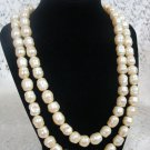 Avon Fashion Hues Long Flapper Style Necklace Cream Vintage