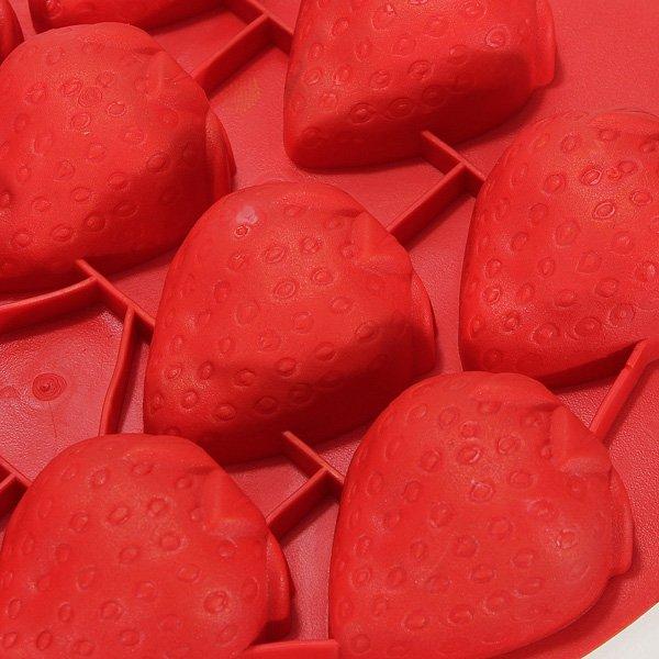 Cute Strawberry Shape Silicone Ice Cube Tray
