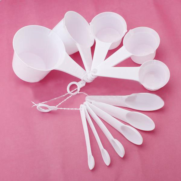 11PCS White Plastic Measuring Spoons/Cup