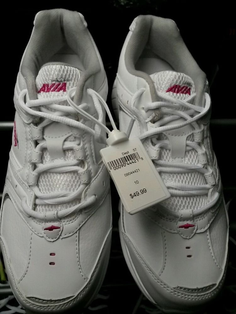 What Stores Sell Avia Shoes