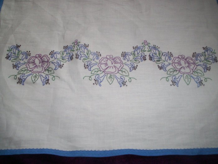 wild roses and day lilies dresser scarf  blue trim