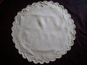 white satin stitch flowers cotton doily  21 inches round
