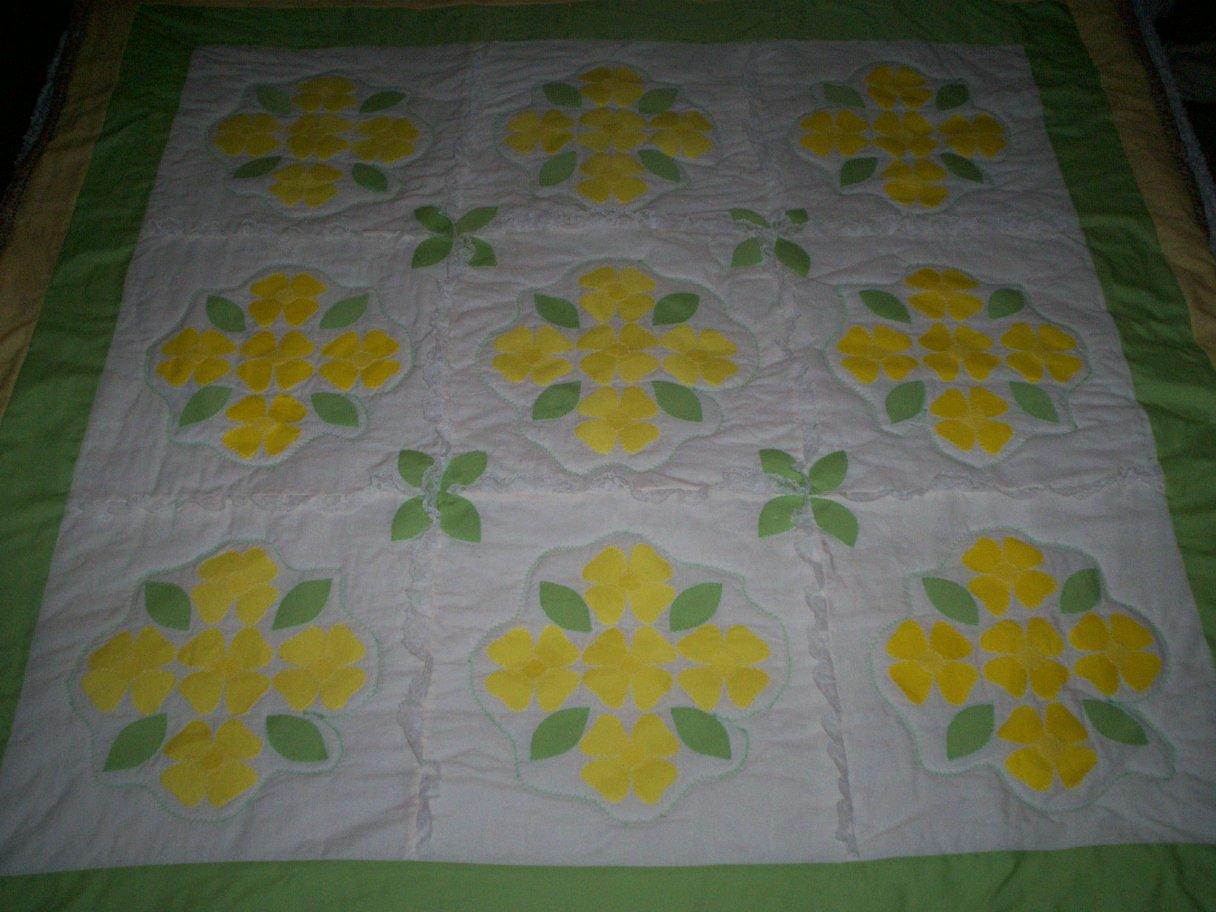 Handmade Baby Lap Quilt Blanket 9 Block Applique Yellow