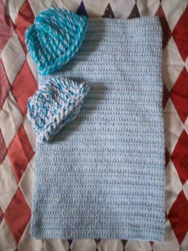 preemie baby blue crochet blanket plus 2 knitted winter hat handmade