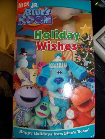 Blue's Room - Holiday Wishes