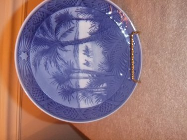 "Royal Copenhagen Collector Plate 1972 ""In The Dessert"""
