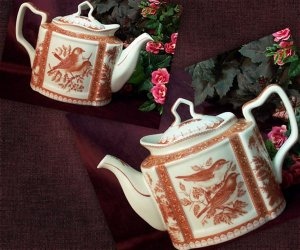 Teapot Red Toile Bird