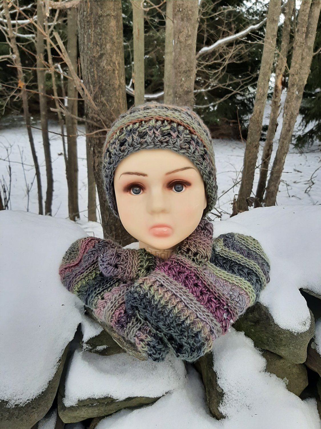 Playful Hat and Mittens Set