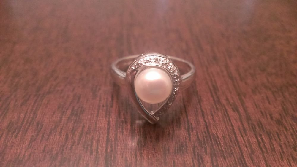 STERLING SILVER FRESHWATER PEARL & DIAMOND RING -  SIZE 8
