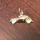 14K YELLOW GOLD VW VOLKSWAGEN BEETLE / BUG CAR CHARM / PENDANT  - 0.8  GRAM