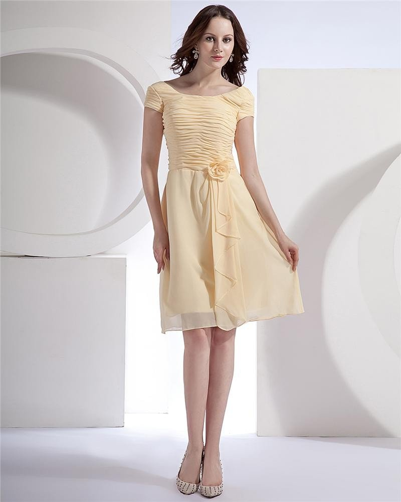 Chiffon Short Sleeve Flower Round Neck Tea Length Bridesmaid Dresses