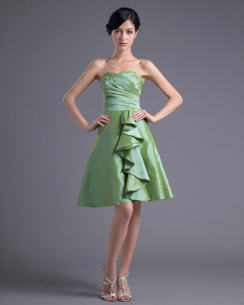 Fashion Taffeta Sweetheart Thigh Length Pleated Bridesmaid Dress