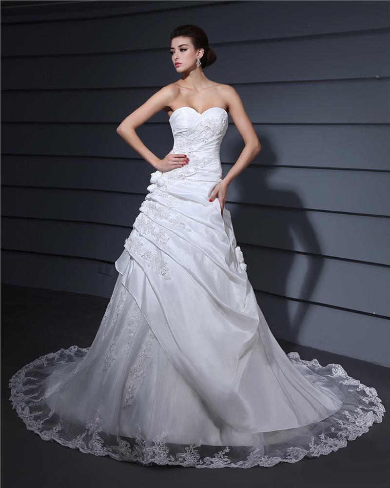 Sweetheart Neckline Applique Court A-Line Bridal Gown Wedding Dress