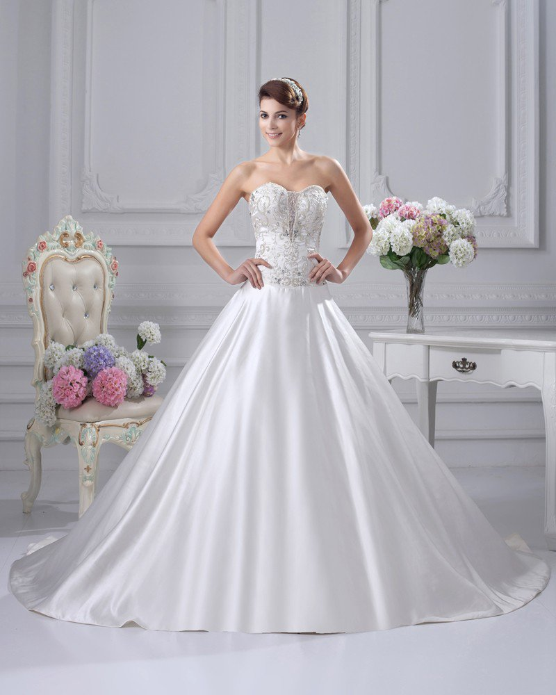Sweetheart Satin Embroidery Chapel A-line Bridal Gown Wedding Dress