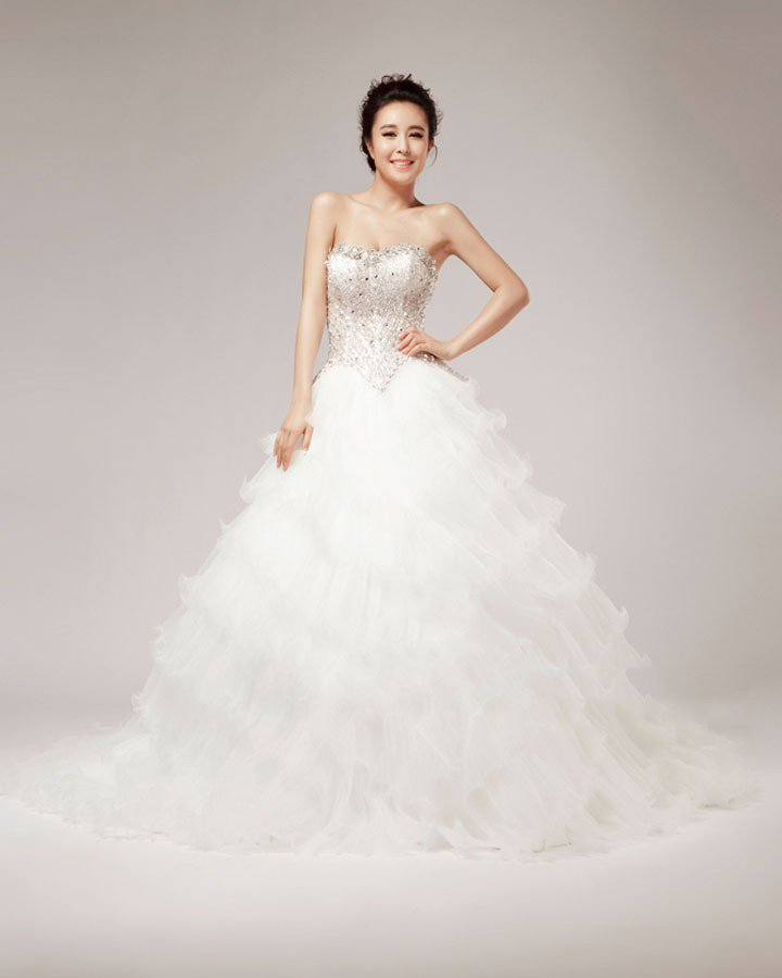 Beautiful Beading Crystal Decoration Sweetheart Organza Ball Gown Wedding Dress