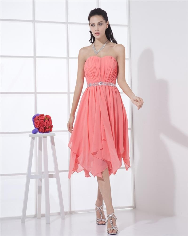Sweetheart Chiffon Ruffle Beaded Thigh Length Cocktail Dresses