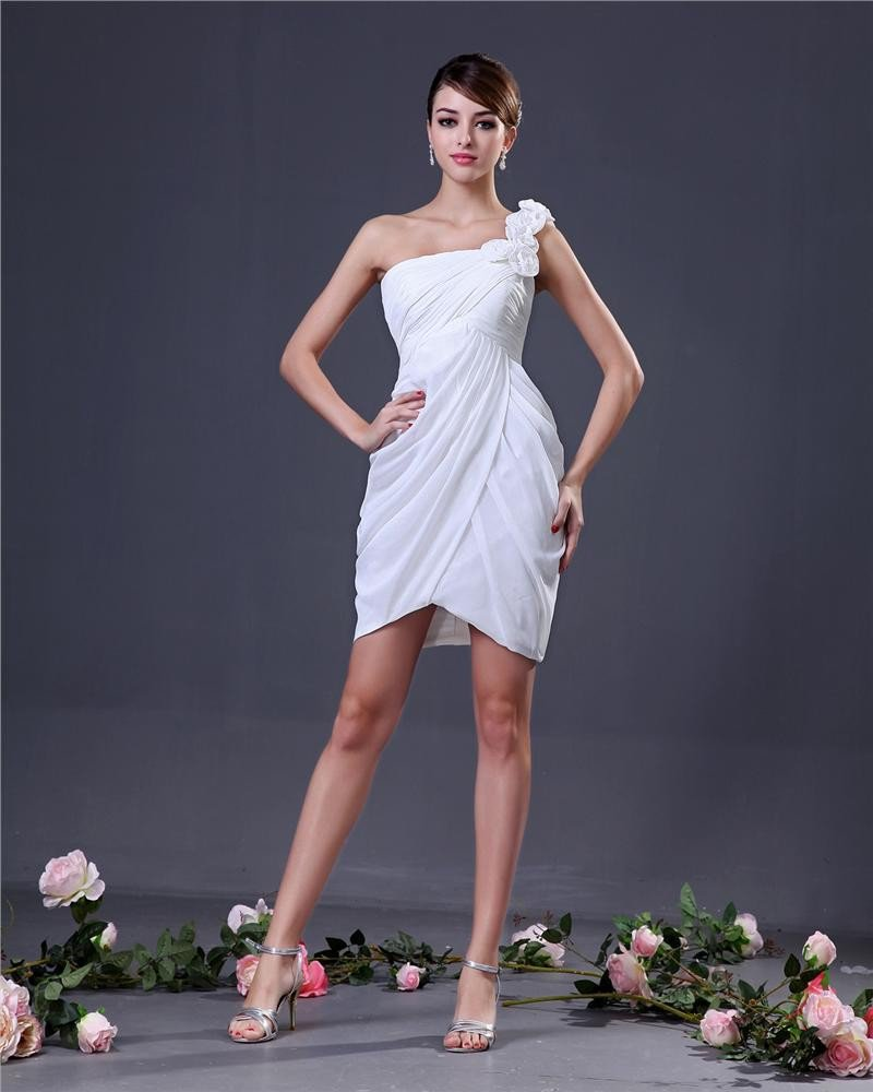 Elegant Chiffon Flower One Shoulder Thigh Length Graduation Dresses