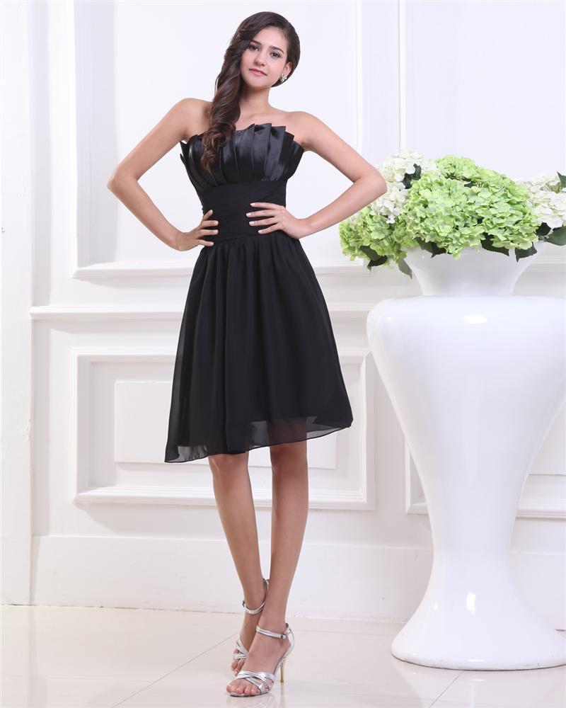 Chiffon Sweetheart Knee Length Graduation Dress