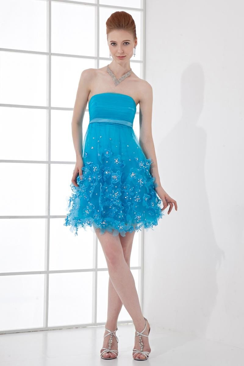 Fashion Tulle Pleated Beaded Strapless Thigh Length Homecoming Dress