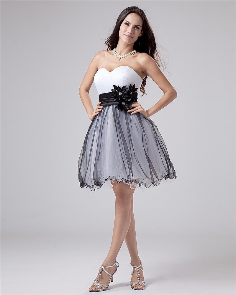 Sleeveless Satin Tulle Flowers Ruffles Sweetheart Short Graduation Dresses