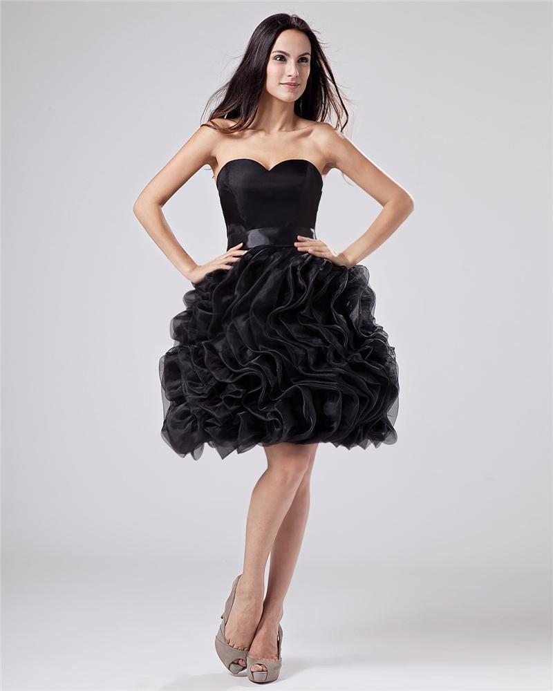 Stylish Chiffon Ruffle Sweetheart Thigh Length Graduation Dresses