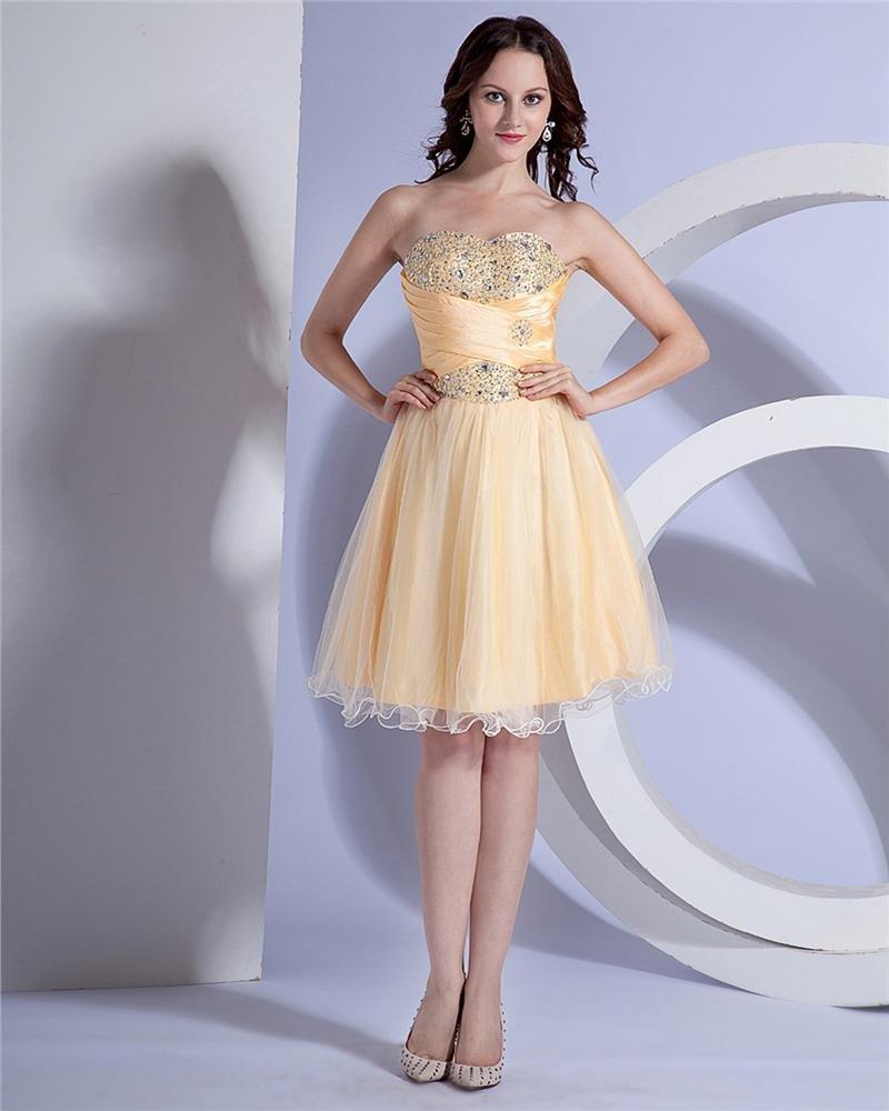 Elegant Organza Satin Ruffle Sweetheart Knee Length Graduation Dress
