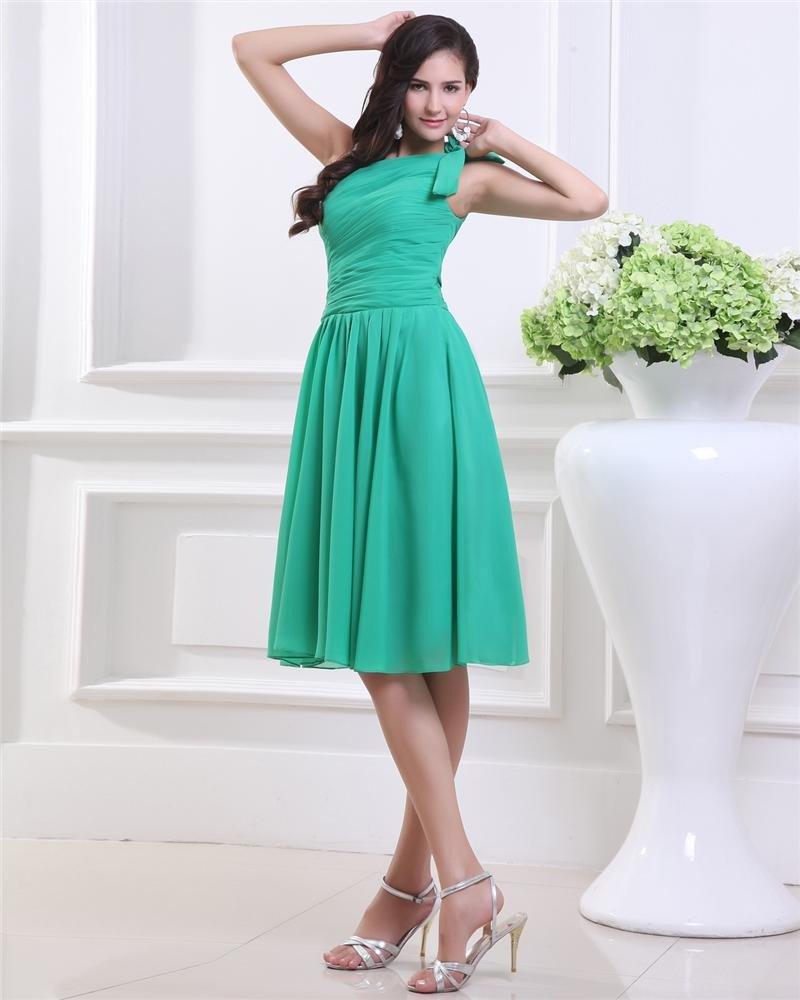 Elegant Chiffon Flower One Shoulder Knee Length Graduation Dresses