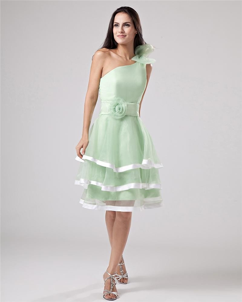 Organza Ruffles Applique One Shoulder Knee Length Graduation Party Dress