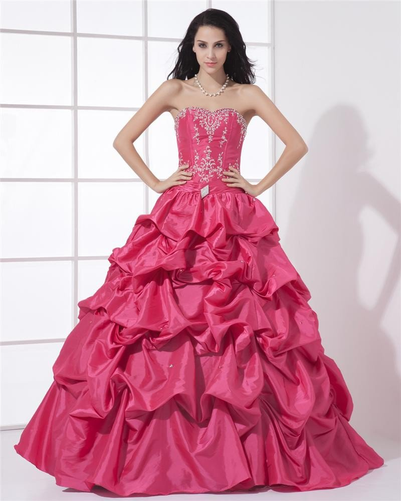 Ball Gown Beautiful Sweetheart Neckline Floor Length Beading Embroidery A-Line Taffeta Woman Quincea