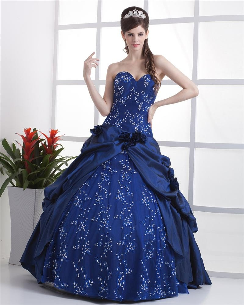 Ball Gown Lace Flowers Yarn Flowers Embroidery Ruffles Applique Sweetheart Floor Length Quinceanera