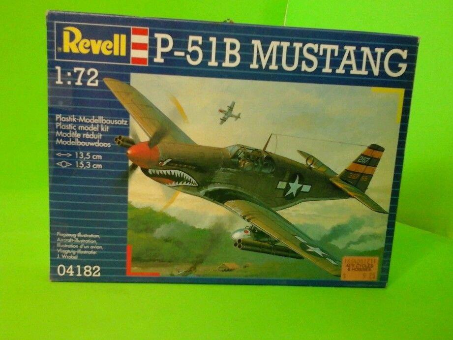 Revell P-51B Mustang plane model 1:72 scale