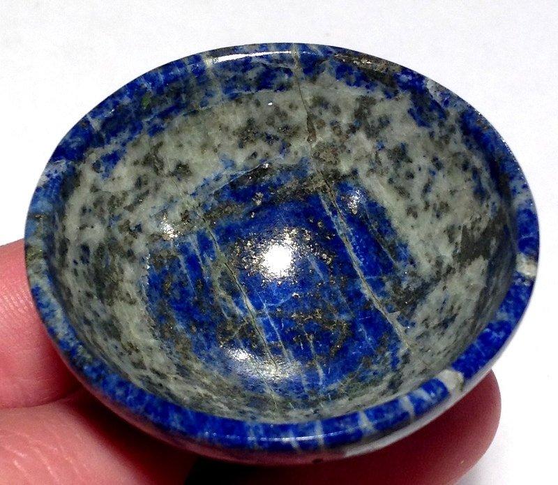 Gemstone bowls Lapis Lazuli Open your Third Eye Chakra Clairvoyance Crystal healing stone Altar bowl