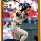 ICHIRO SUZUKI 2002 Topps Card #225 Seattle Mariners FREE SHIPPING Baseball 225