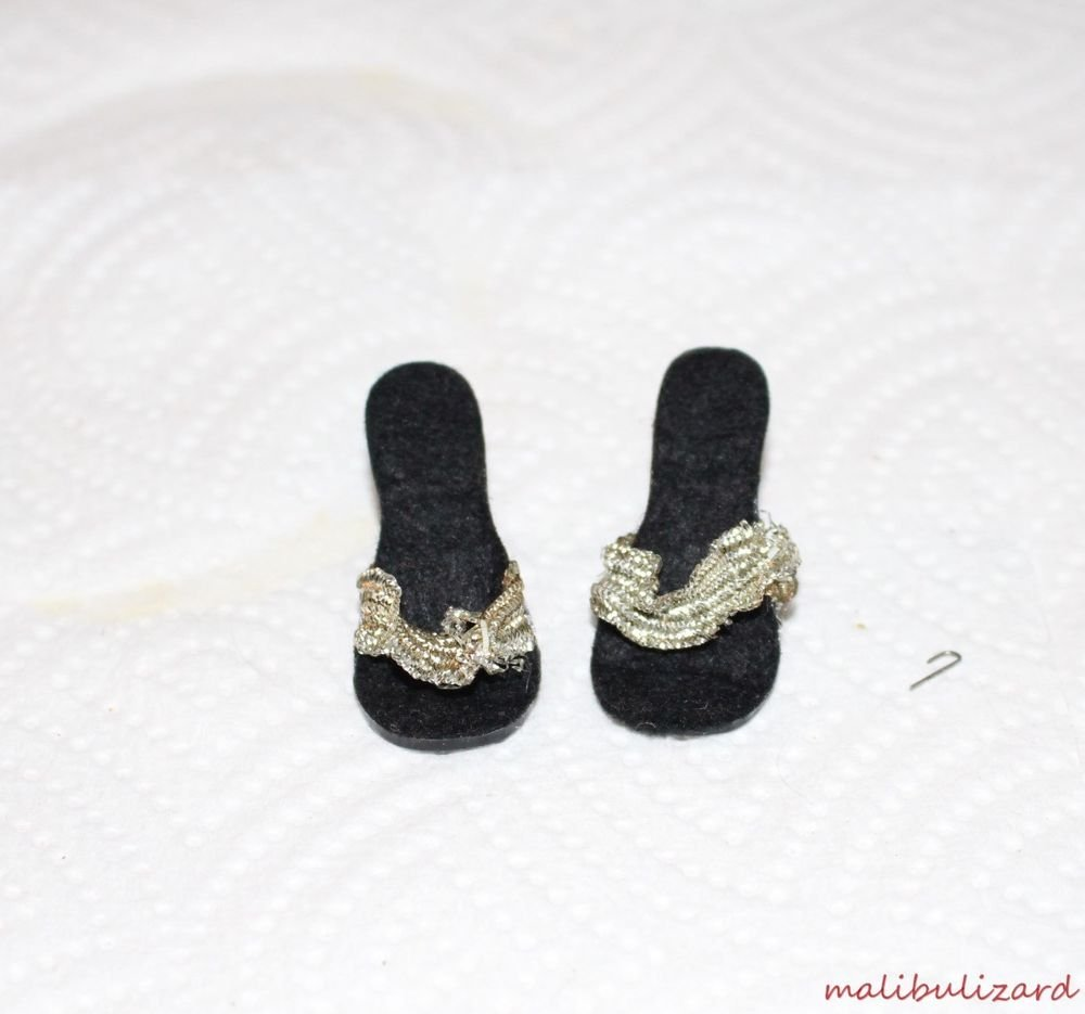 """1950s FAIRYLAND HIGH HEEL DOLL SHOES FOR A 14-16'"""" Doll BLACK STRAPPY SILVE"""