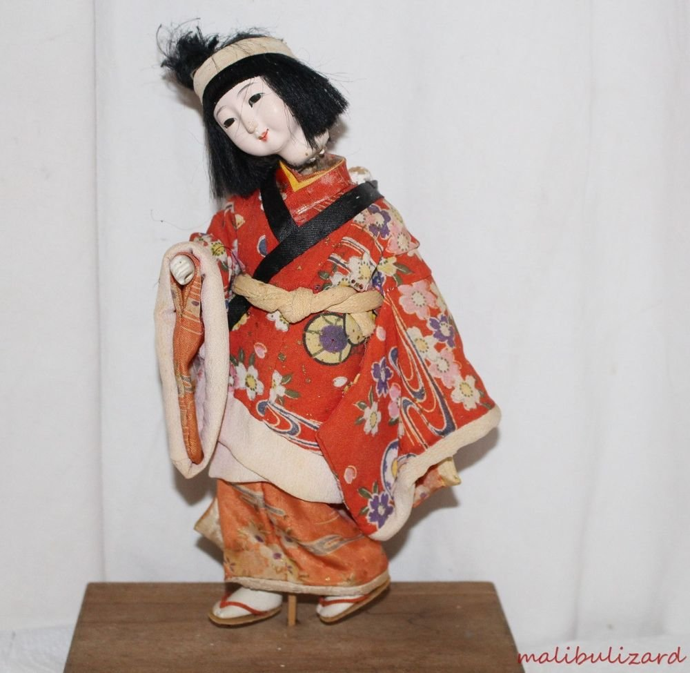 Vintage Japanese Ichimatsu Doll Dressed in Kimono Mother with Baby As Found