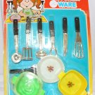 VINTAGE  TOY PLASTIC KITCHEN WARE UTENSILS + CORNING STYLE CASSEROLES MOC