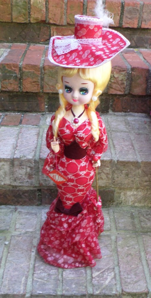 "TALL 21"" BIG EYE BRADLEY TYPE DOLL BLONDE HAIR BEAUTIFUL RED GOWN ARTMARK TAG"